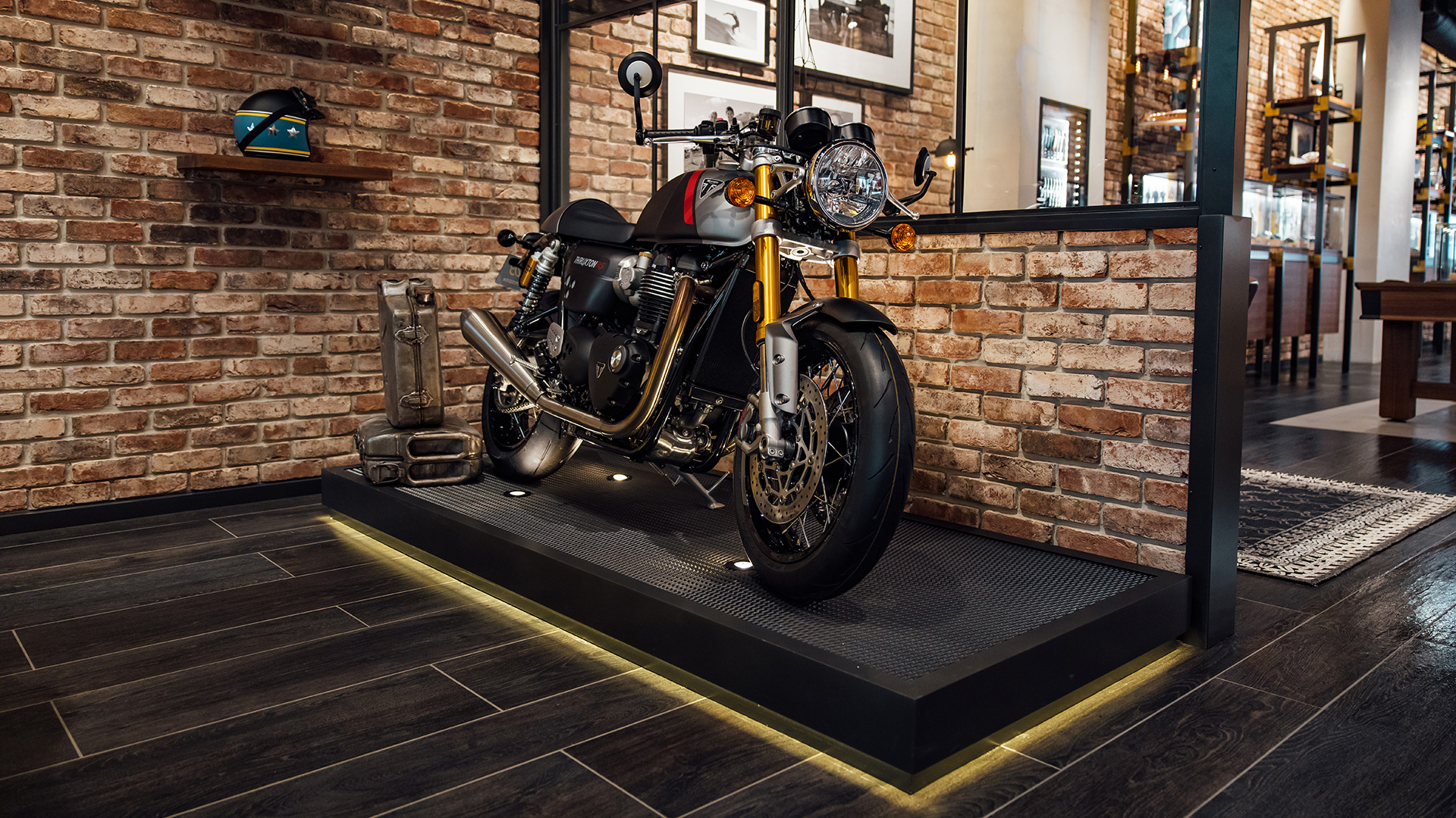 Triumph and Breitling collaboration