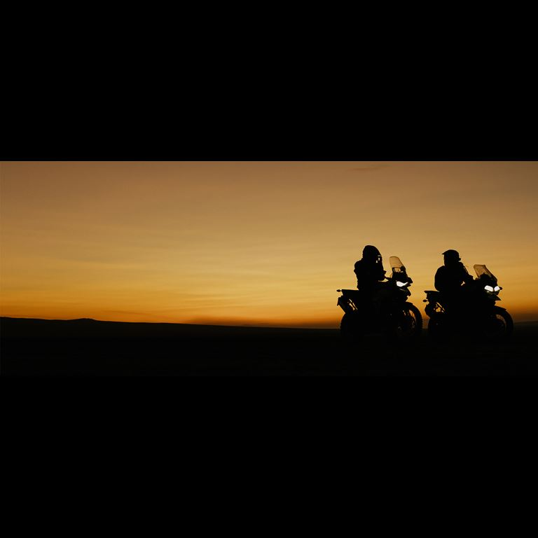 sunset-triumph-motorcycles