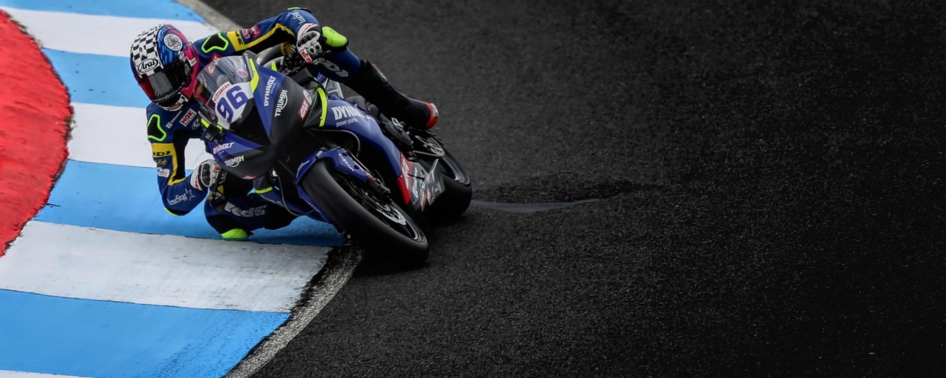 Dynavolt Triumph racing)