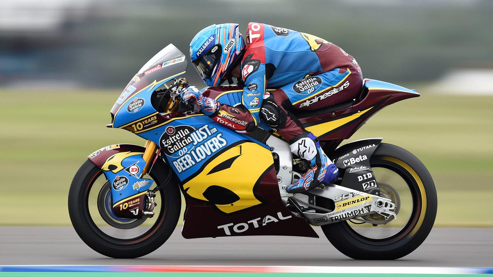 Alex Marquez in action