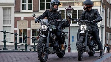 Weekend Warriors exploring Amsterdam