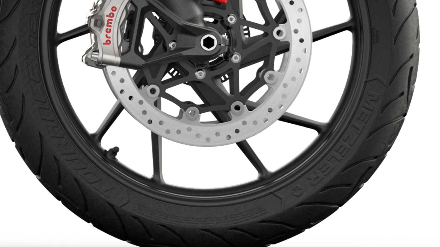 CGI close-up of Tiger 900 GT cast wheels