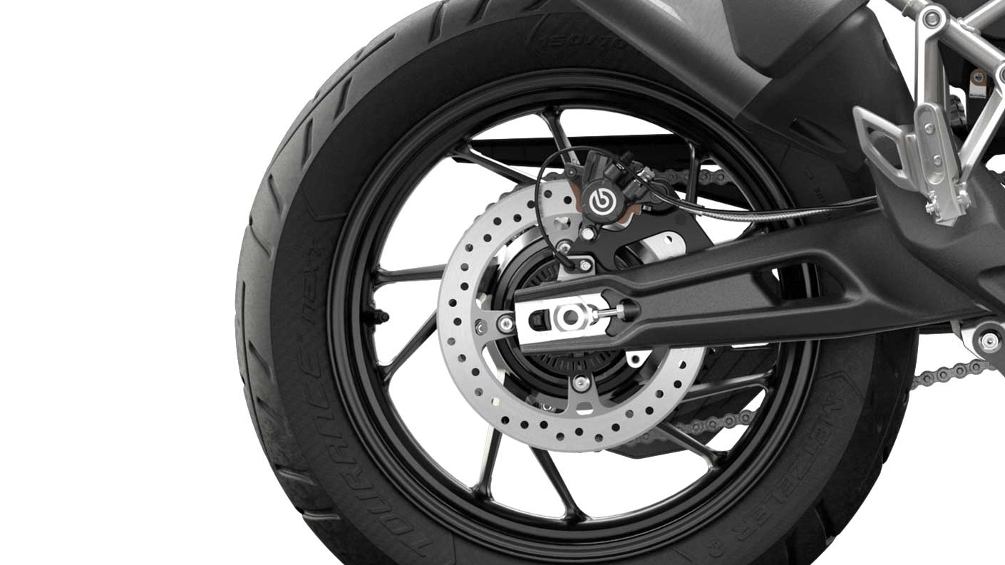CGI close-up of Tiger 900 GT Low's wheel