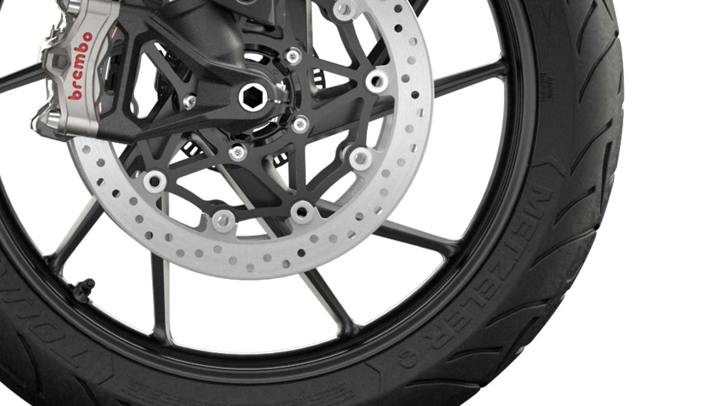 CGI close up of Tiger 900 GT Low cast wheel