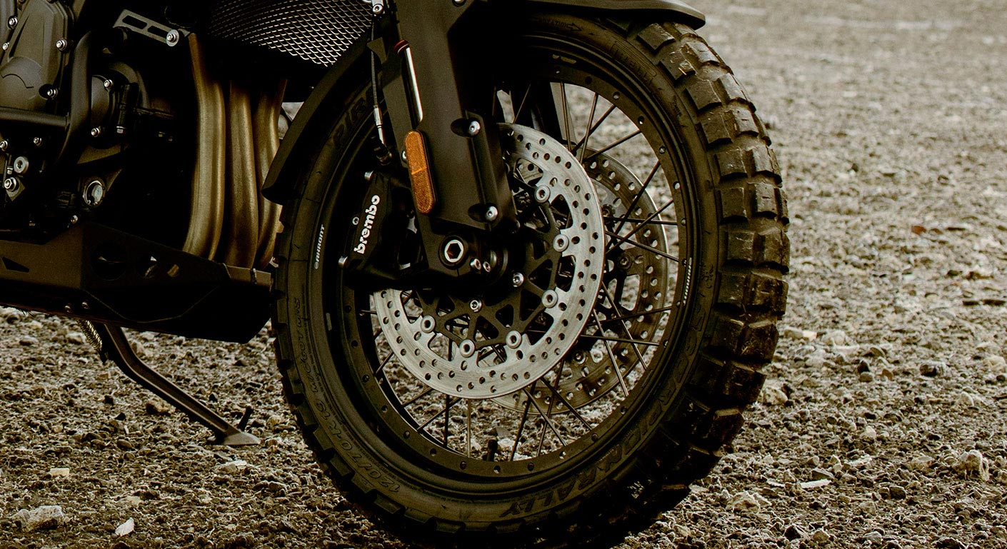 Close-up shot of the Triumph Tiger 1200 Desert Edition's high quality tyres