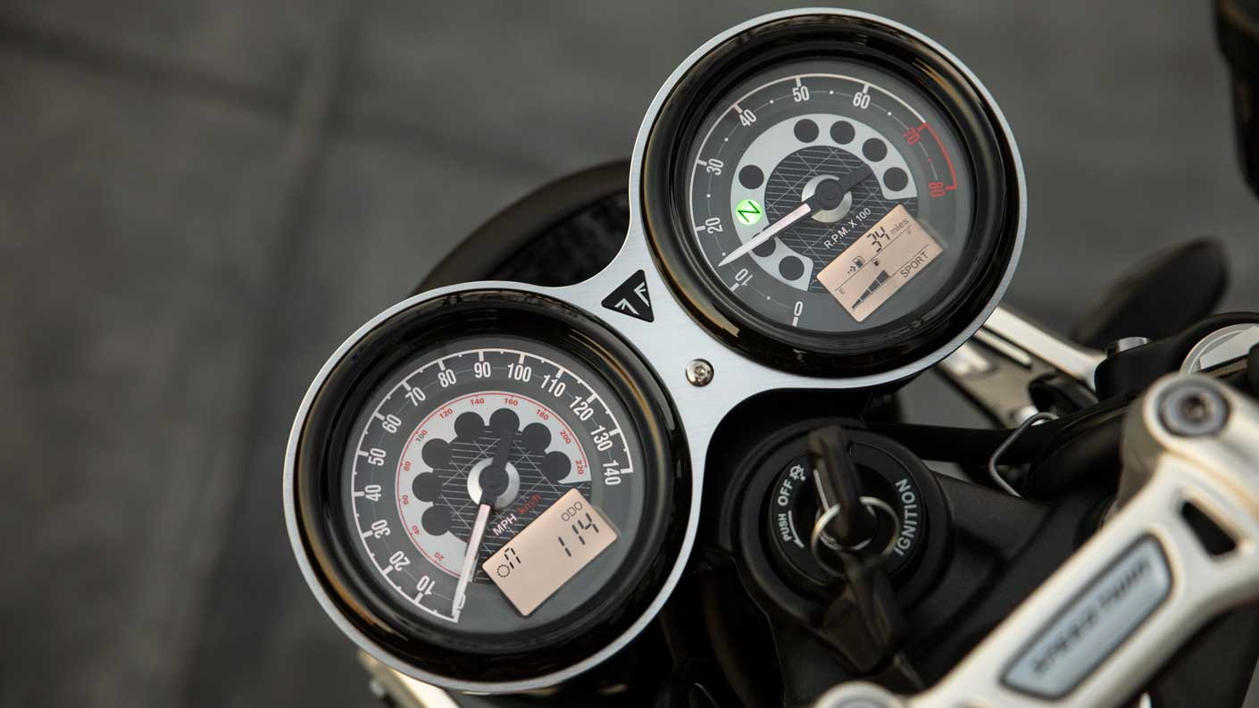 All-new Triumph Speed Twin classic dials
