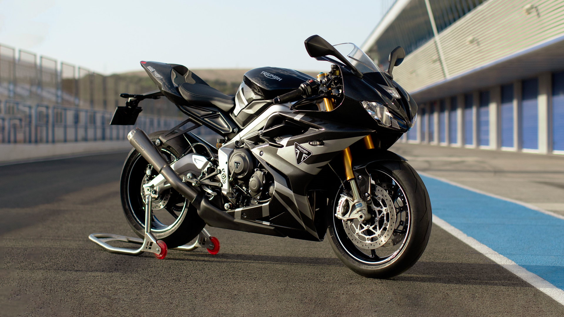Triumph Daytona Moto2TM 765 motorcycle (EU and Asia Edition) stationary in the paddocks