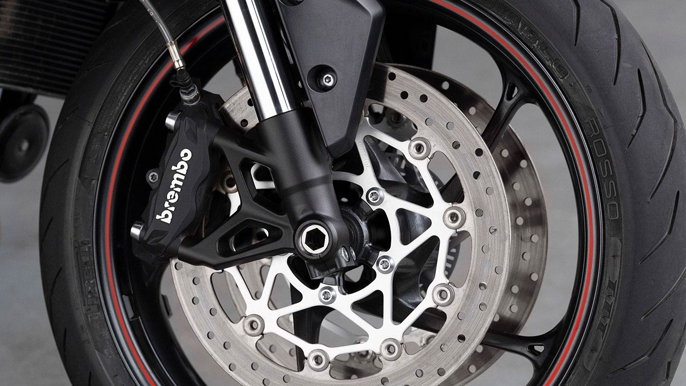 close up of Triumph Street Triple R Brembo brakes
