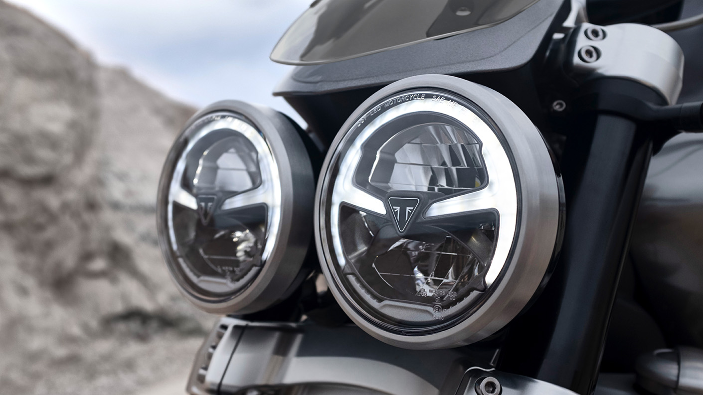 Triumph Rocket 3 GT all-new signature twin LED headlight
