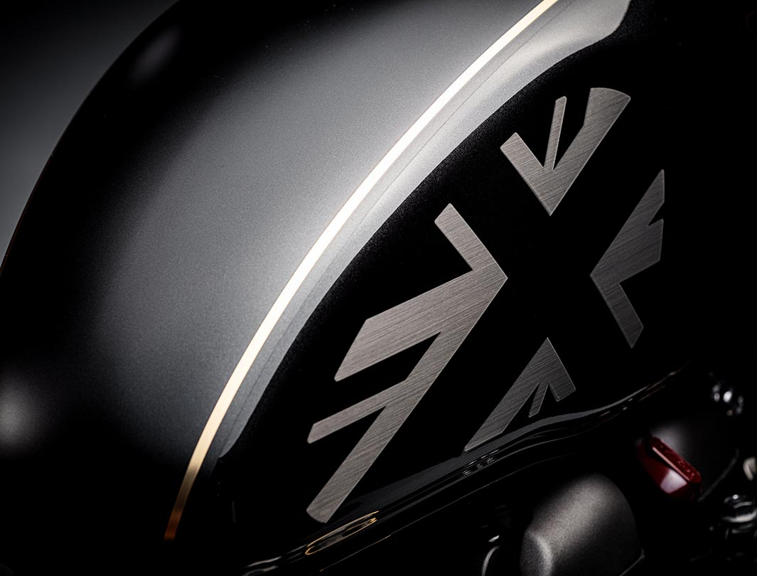 Close-up shot of the Triumph Bobber TFC's premium paint scheme with unique Union Jack finishing