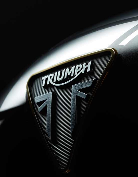 Triumph Rocket 3 TFC premium tank badge