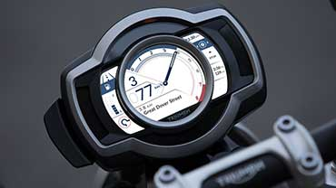 Triumph Scrambler 1200 TFT display showing turn-by-turn navigation